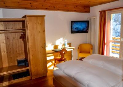 hotel-edelweiss-murren-switzerland-ski-tour-1