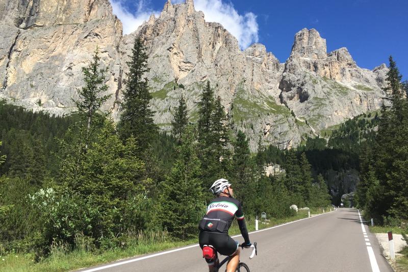 LGA-Italy-Road-Bike - 105