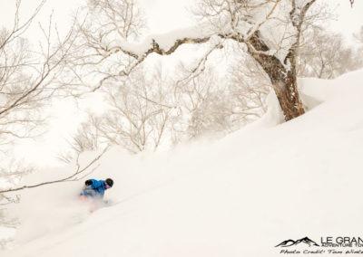 LGATours-japan-ski-trip-tom-winter-20